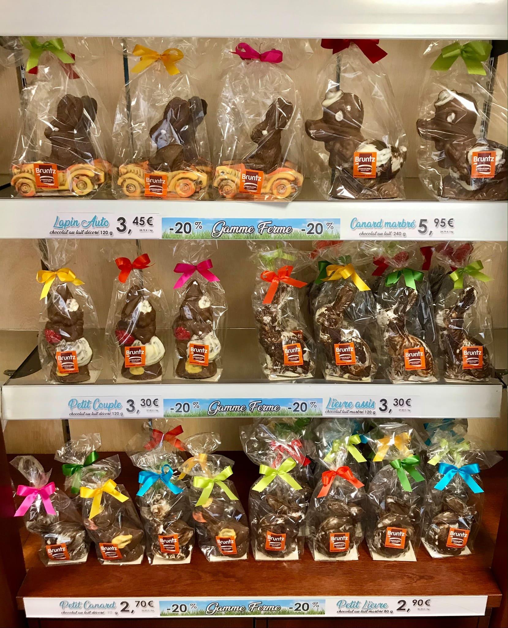 """PROMOTION ! Venez profiter de -20% sur nos moulages de la """"Gamme Ferme"""". Nos petits animaux vous attendent en boutique 😊 #chocolat #alsace #chocbruntz"""
